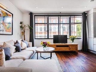 Spacious Studio Apartment. W1.