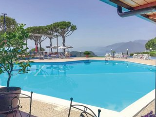 Nice apartment in San Nicola Arcella w/ Outdoor swimming pool, 2 Bedrooms and Ou