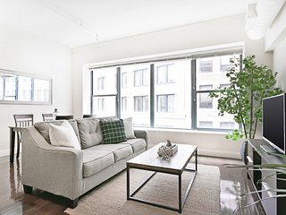 Sonder | Financial District | Chic 2BR + Laundry