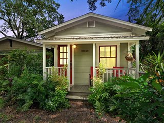 CHARMING ❤️PRIVATE GUEST HOUSE IN SEMINOLE HEIGHTS ⚡