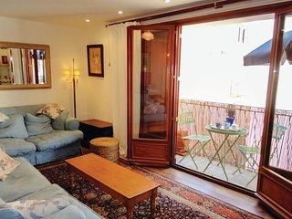 Stunning home in Sérignan w/ 3 Bedrooms