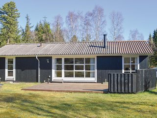 Awesome home in Hadsund w/ 3 Bedrooms (D6517)