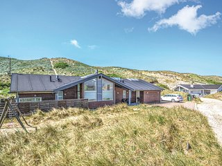 Amazing home in Hvide Sande w/ Sauna, WiFi and 4 Bedrooms