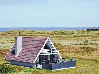 Amazing home in Hvide Sande w/ WiFi and 3 Bedrooms (P62783)