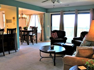 Stunning 2 bed 2 bath Condo- Great Lake Location-No steps-End unit, wooded walki