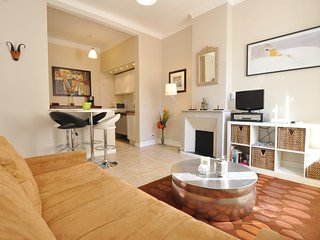 Amazing home in Cannes w/ WiFi and 1 Bedrooms (FCA597)