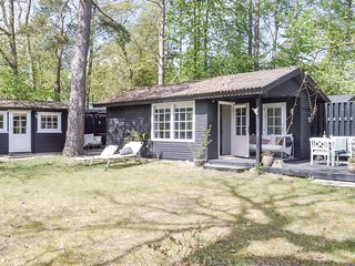 Amazing home in Hornbæk w/ WiFi and 2 Bedrooms