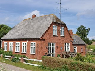 Stunning home in Nordborg w/ Sauna, WiFi and 3 Bedrooms