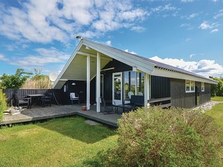 Nice home in Ebeltoft w/ WiFi and 3 Bedrooms (D10494)