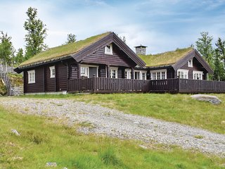 Stunning home in Gålå w/ Sauna, WiFi and 3 Bedrooms (N31176)