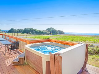 Updated home w/ striking blue & whitewater views plus private hot tub - dogs OK