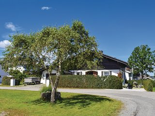 Nice home in Stathelle w/ Sauna, WiFi and 2 Bedrooms (N36221)