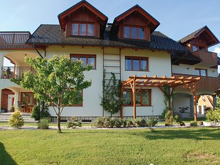 Beautiful home in Bled w/ WiFi and 2 Bedrooms