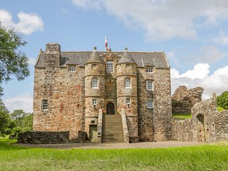 The Old Castle, Stewarton