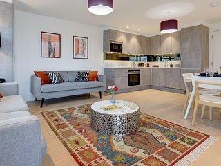 Luxury Frampton Apartment (3)