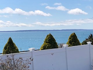 Oceanfront * Family-friendly * Falmouth Heights * LOCATION!
