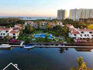 Marina Golf Ixtapa