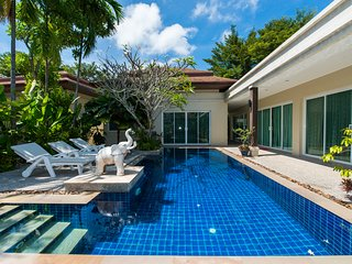 Rawai Villa Le Grand spacious 3 bedrooms big pool
