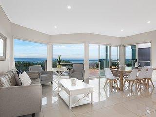 Holiday Shacks - Atlantic Bliss - Luxury Retreat with pool, views, WiFi, Foxtel,