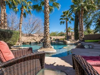 Luxurious home w/ backyard oasis, heated private pool & hot tub! Shared tennis!