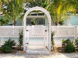 Key West Style Cottages