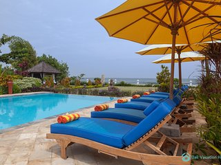 Villa Lumba Lumba . ☀Sunset☀ Beachfront Dreamvilla Lovina with pool