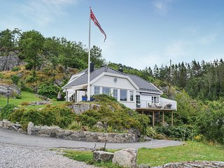 Awesome home in Lindesnes w/ 4 Bedrooms (NVK071)