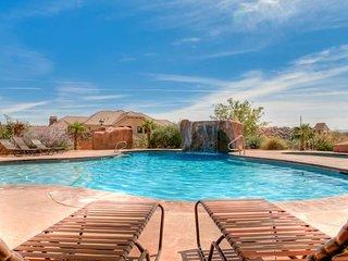 Southern Utah Oasis w/2 Master Suites - Sleeps 14