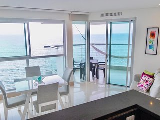 APARTMENT BEACHFRONT 3 BR CARTAGENA