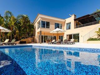Villa Strelitzia, Algarve, Carvoeiro Portugal
