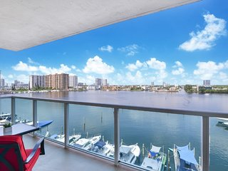 2BR Luxury Space Sunny Isles
