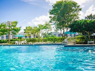 Jupiter Beach House Private Resort Villa Sleeps 4