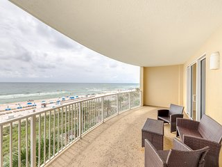 Exotic Emerald Coast condo w/private deck, gulf view and access to amenities