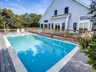Avoca Blue | Sound Front | Dog Friendly, Private Pool, Hot Tub