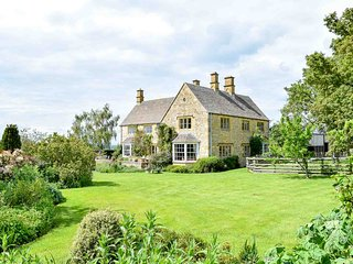 Hoo Farm is a beautiful family home within grounds covering almost 70 acres