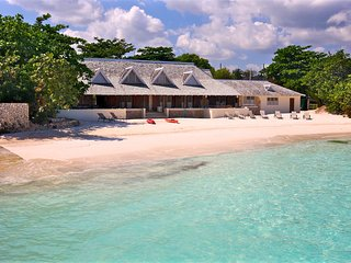 Private Beach, Small Weddings Available, Chef & Houskeeper inc, 13 Beds, 6