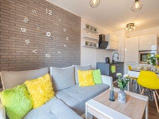 Color Apartments APARTAMENT KOLOROWY dla 4 osób Kołobrzeg