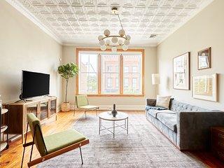 Sonder | Drayton Apartments | Grand 2BR + Laundry