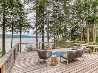 Family-friendly mountain home w/ beach access, deck, water views & WiFi!