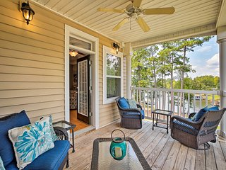 Lake Sinclair Waterfront Condo w/ Boat Dock!