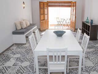 lovely 3 bedroom apartment near the Pueblo