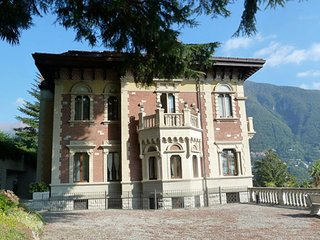 Cernobbio Apartment Sleeps 6 with Air Con - 5720845