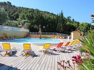 Super endroit ! Cottage charmant et au calme, accès piscine et sauna