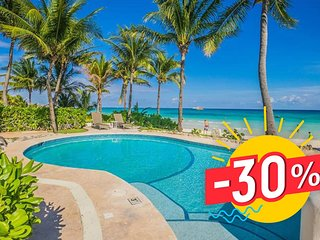 Luxury 3BD Villa - Beachfront w/pool