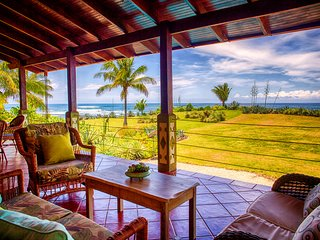 Oceanfront 2br + Loft with Private Pool