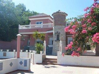 habitacion privada en chalet  piscina numero 3 en alhaurin de la torre cerca mar