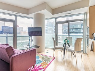SimplyComfort. Lilac Fantasy 47 Floor in Downtown