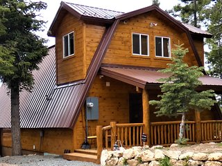 Mountain Lookout Chalet