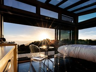 Korimako PurePod - luxurious glass eco-cabin in stunning & remote NZ location