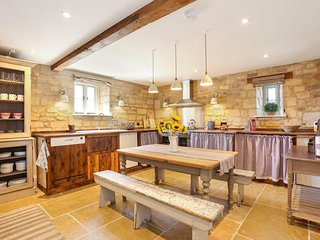 Classic Family Barn Conversion in Radcot
